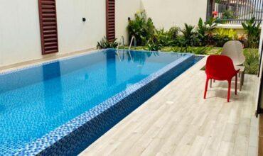 Villa meublée de 5 pièces avec piscine à louer à Faya vers Playce