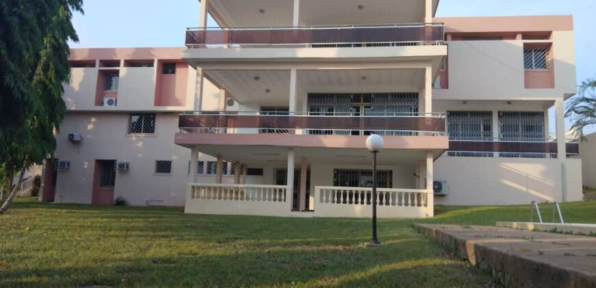 villa triplex en vente au vallon