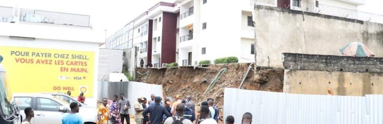 Abidjan: Eboulement d'un pan de clôture dû à la pluie