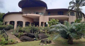 Une Villa Duplex 7 pièces à vendre à Cocody Riviera golf